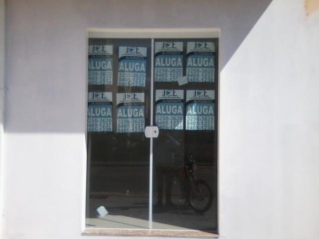 Sala-Código-422-para-Locacao--no-bairro-Areias-na-cidade-de-São José