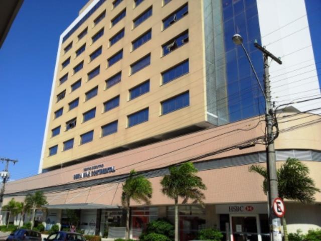 Sala - Código 437 a Venda no bairro Estreito na cidade de Florianópolis - Condomínio Beira Mar Continental
