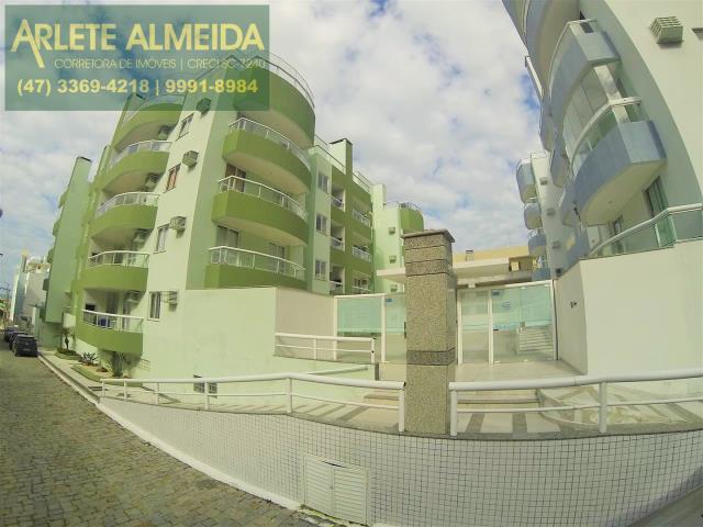 Código 303 - Apartamento