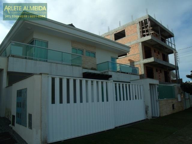 Código 1076 - Casa