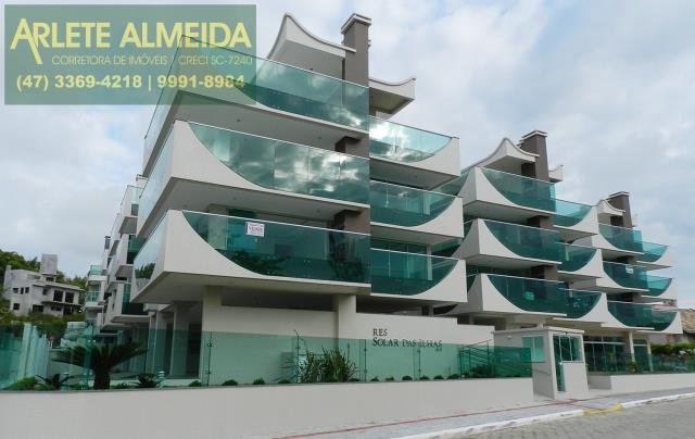 Código 915 - Apartamento