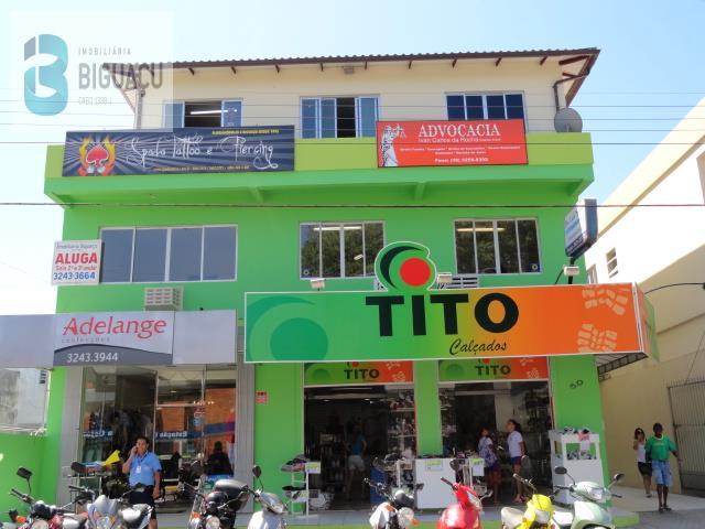 Sala-Código-493-a-Venda-Comercial Laudir Petry-no-bairro-Centro-na-cidade-de-Biguaçu