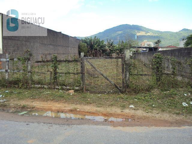 Terreno-Código-532-para-Alugar--no-bairro-Praia João Rosa-na-cidade-de-Biguaçu