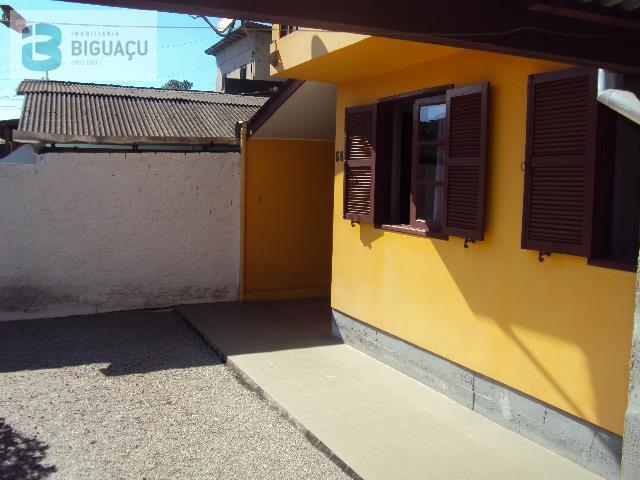Casa-Código-586-a-Venda--no-bairro-Jardim Janaína-na-cidade-de-Biguaçu
