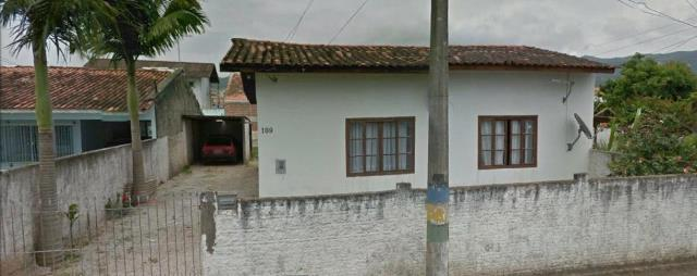 Casa-Código-824-a-Venda--no-bairro-Jardim Carandaí-na-cidade-de-Biguaçu
