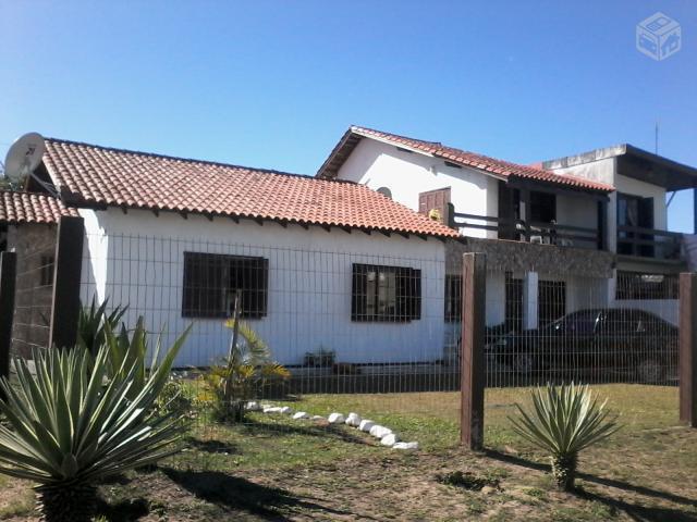 Casa-Código-785-a-Venda--no-bairro-Centro-na-cidade-de-Imbé