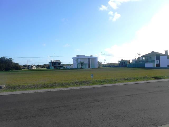 Terreno-Código-919-a-Venda-Maritimo-no-bairro-Cruzeiro do Sul I-na-cidade-de-Tramandaí