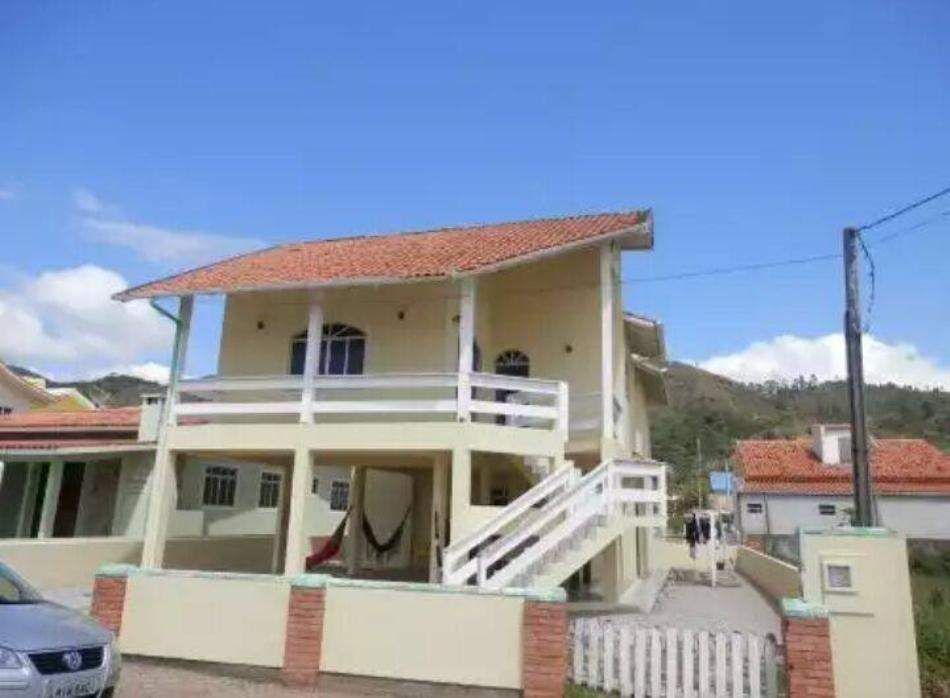 Casa - Código 22 para Temporada  no bairro Palmas na cidade de Governador Celso Ramos